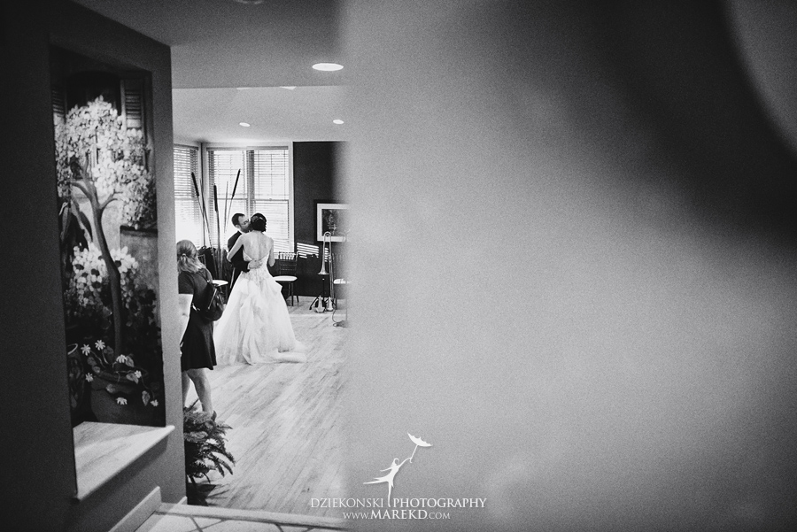 alyson-ronnie-ceremony-reception-backyard-wedding-photographer-michigan-bloomfield-hills-chinese-traditions58
