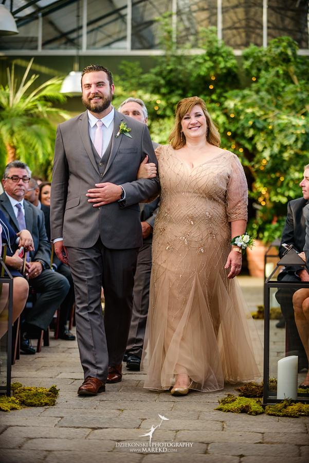 deana-steve-wedding-ceremony-reception-planterra-fall-michigan-west-bloomfield-weather-ideas-greenhouse-botanical-gardens-decor-design-pictures-ideas39