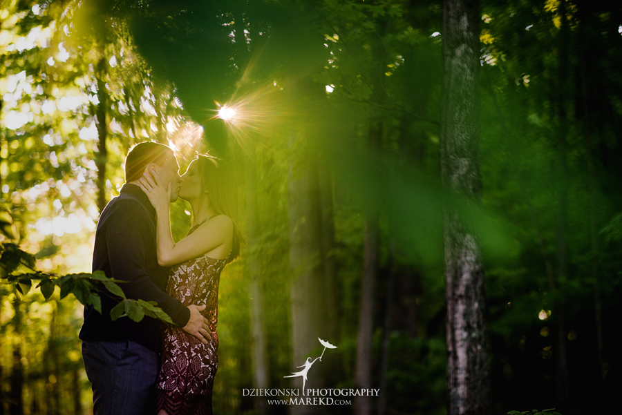kallie-scott-engagement-session-fall-michigan-clarkston-park-independence-oaks-ideas-dress-leaves13