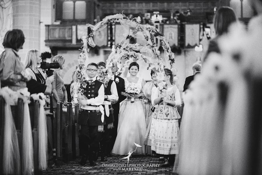 kasia-marcin-wedding-ceremony-reception-st-florian-catholic-church-hamtramck-michigan-detroit-american-polish-cultural-center-troy25