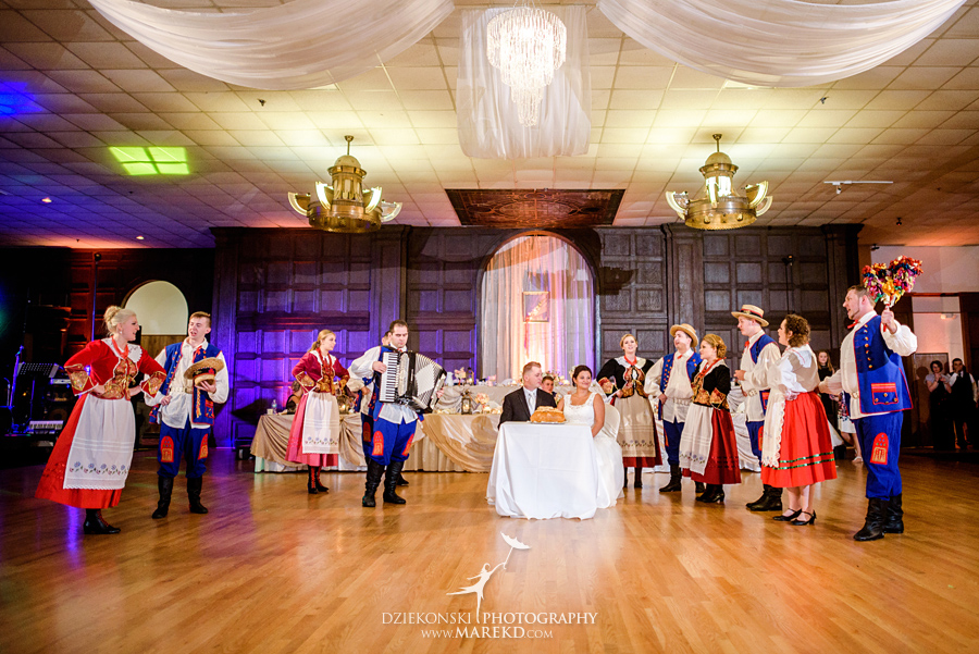 kasia-marcin-wedding-ceremony-reception-st-florian-catholic-church-hamtramck-michigan-detroit-american-polish-cultural-center-troy67