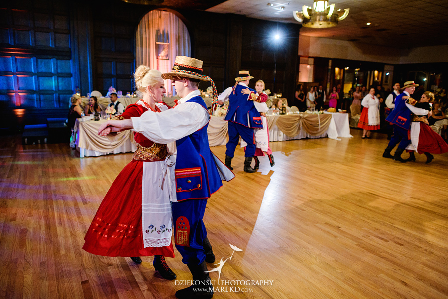kasia-marcin-wedding-ceremony-reception-st-florian-catholic-church-hamtramck-michigan-detroit-american-polish-cultural-center-troy72