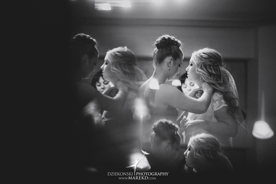 sarah-ryan-wedding-ceremony-reception-cathedral-most-blessed-sacrament-atheneum-suite-hotel-downtown-detroit-michigan-photographer-pictures-fall-train-station011