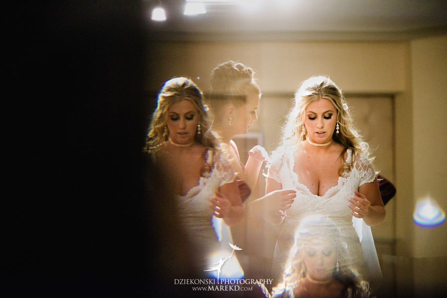 sarah-ryan-wedding-ceremony-reception-cathedral-most-blessed-sacrament-atheneum-suite-hotel-downtown-detroit-michigan-photographer-pictures-fall-train-station012