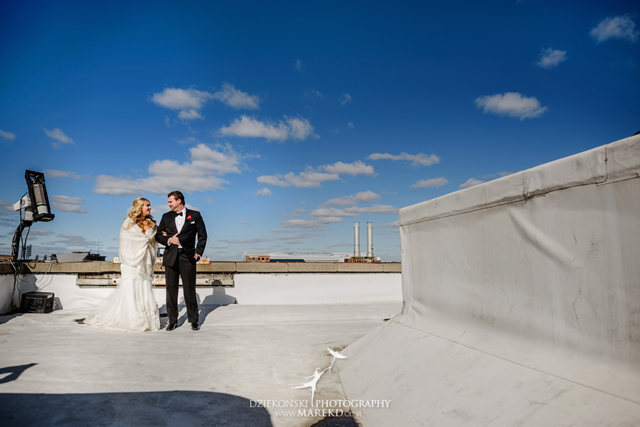 sarah-ryan-wedding-ceremony-reception-cathedral-most-blessed-sacrament-atheneum-suite-hotel-downtown-detroit-michigan-photographer-pictures-fall-train-station023
