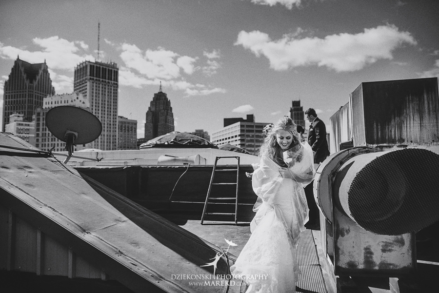 sarah-ryan-wedding-ceremony-reception-cathedral-most-blessed-sacrament-atheneum-suite-hotel-downtown-detroit-michigan-photographer-pictures-fall-train-station026