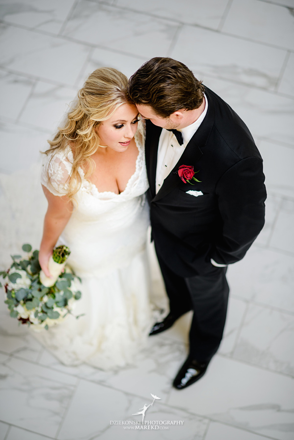 sarah-ryan-wedding-ceremony-reception-cathedral-most-blessed-sacrament-atheneum-suite-hotel-downtown-detroit-michigan-photographer-pictures-fall-train-station031