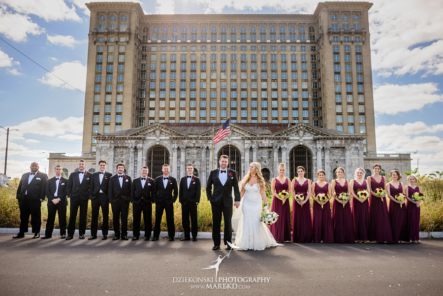 sarah-ryan-wedding-ceremony-reception-cathedral-most-blessed-sacrament-atheneum-suite-hotel-downtown-detroit-michigan-photographer-pictures-fall-train-station032