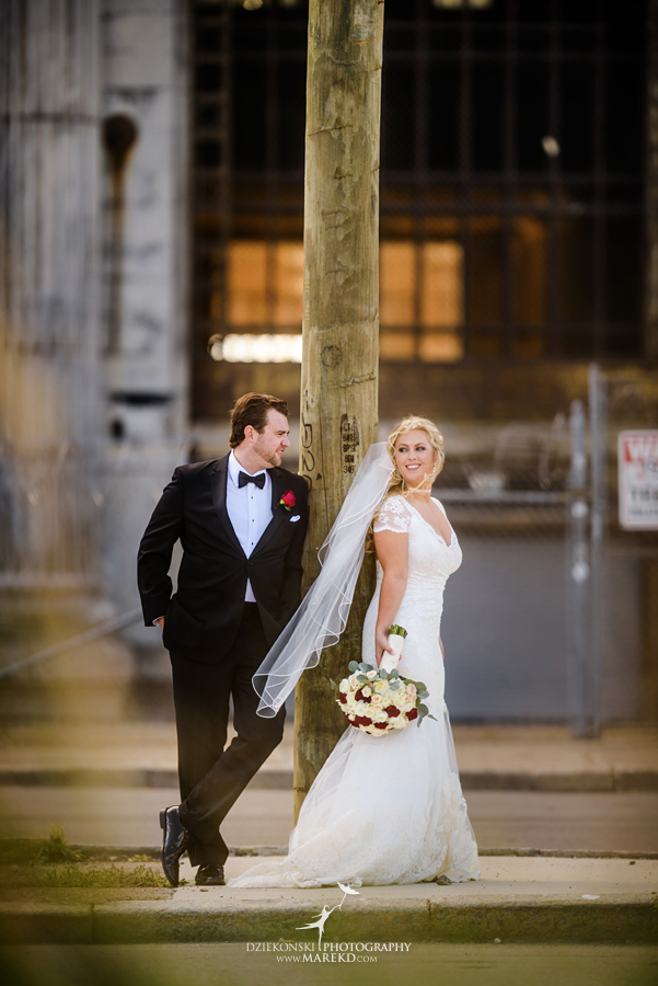 sarah-ryan-wedding-ceremony-reception-cathedral-most-blessed-sacrament-atheneum-suite-hotel-downtown-detroit-michigan-photographer-pictures-fall-train-station037