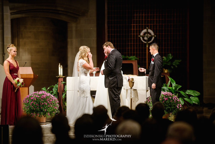 sarah-ryan-wedding-ceremony-reception-cathedral-most-blessed-sacrament-atheneum-suite-hotel-downtown-detroit-michigan-photographer-pictures-fall-train-station059