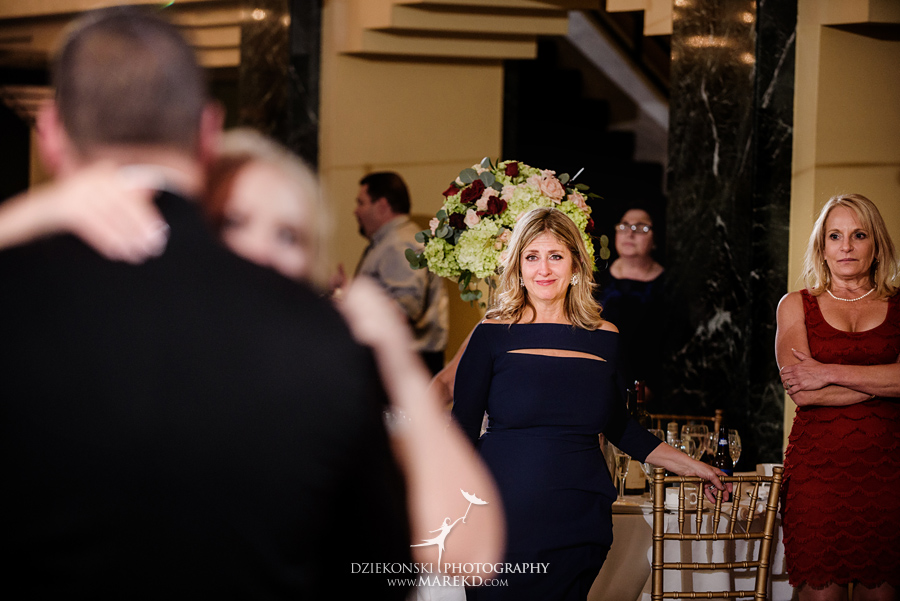 sarah-ryan-wedding-ceremony-reception-cathedral-most-blessed-sacrament-atheneum-suite-hotel-downtown-detroit-michigan-photographer-pictures-fall-train-station089