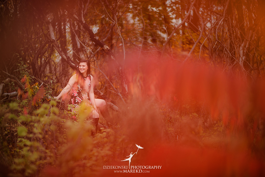 oakland county park independence oaks pictures senior photos fall leaves colors03 - Lucy Rosa