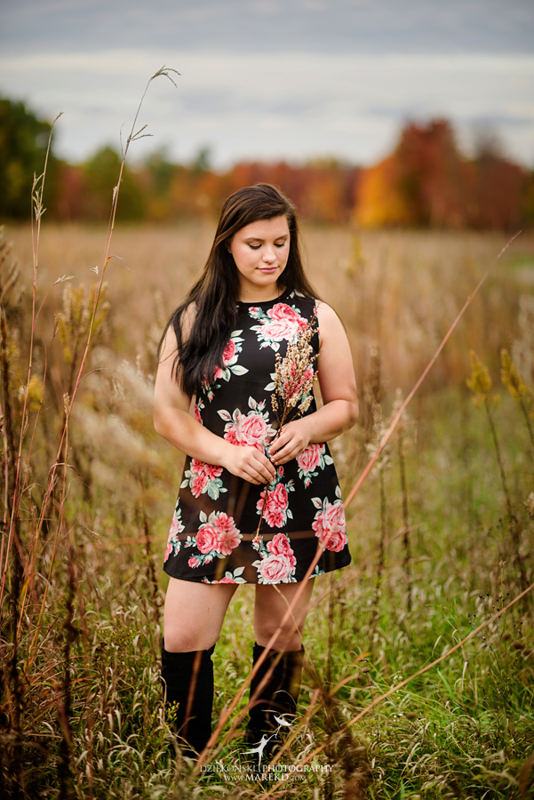 oakland county park independence oaks pictures senior photos fall leaves colors07 - Lucy Rosa