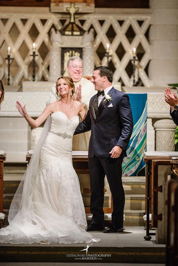 Kallie Scott Wedding ceremony reception pine knob mansion carriage house clarkston michigan photographer pictutres035 - Kallie and Scott