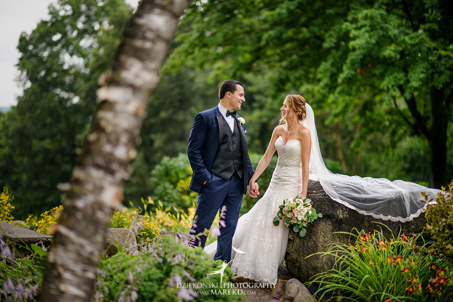 Kallie Scott Wedding ceremony reception pine knob mansion carriage house clarkston michigan photographer pictutres043 - Kallie and Scott