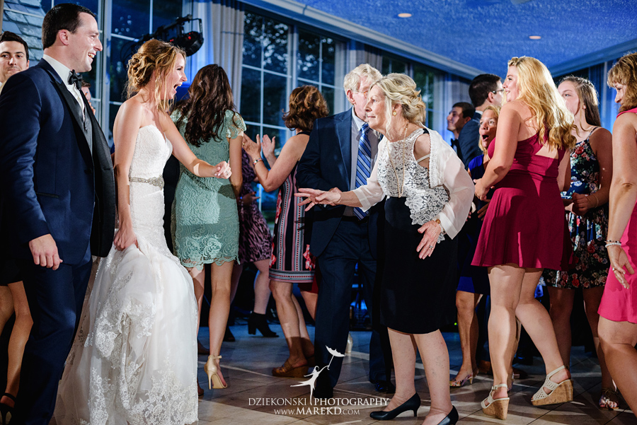 Kallie Scott Wedding ceremony reception pine knob mansion carriage house clarkston michigan photographer pictutres063 - Kallie and Scott