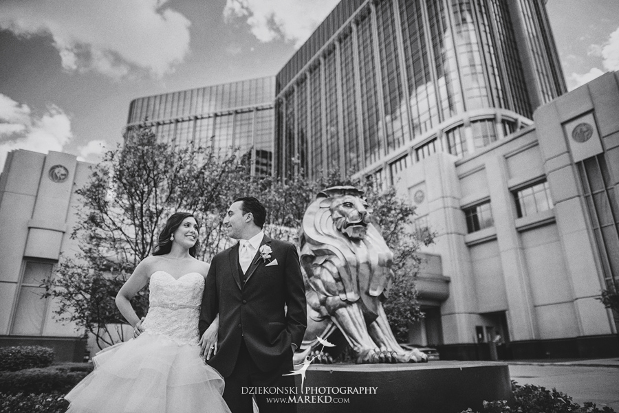 Jessica Raj mgm grand detroit wedding ceremony reception decor ideas photographer michigan pictures downtown033 - Jessica and Raj