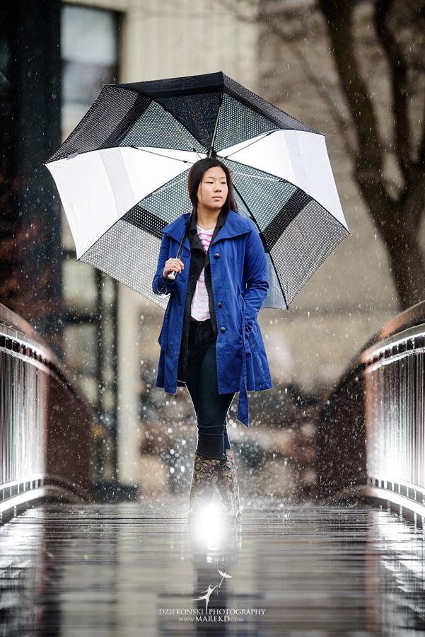 clare senior pictures clarkston michigan city town ideas rain umbrella puddle outdoor04 - Clare