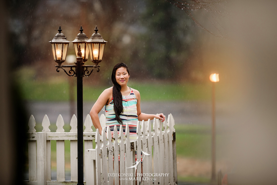 clare senior pictures clarkston michigan city town ideas rain umbrella puddle outdoor08 - Clare