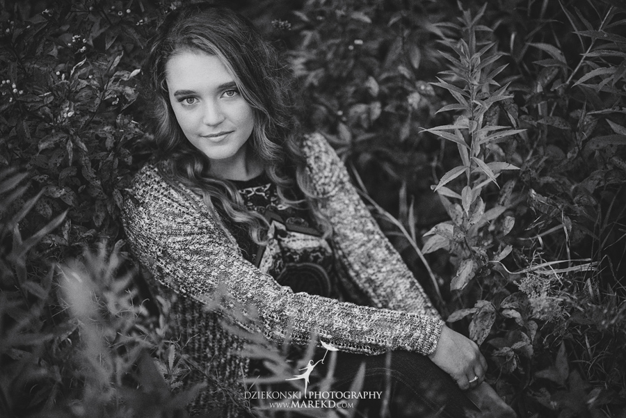 elise senior pictures clarkston michigan nature woods sunset summer photographer ideas outfit09 - Elise