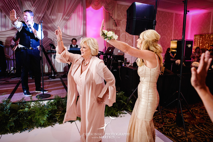 Lindsay Nathan Royal Park Hotel Michigan Wedding Ceremony Reception Pictures86 - Lindsay and Nathan